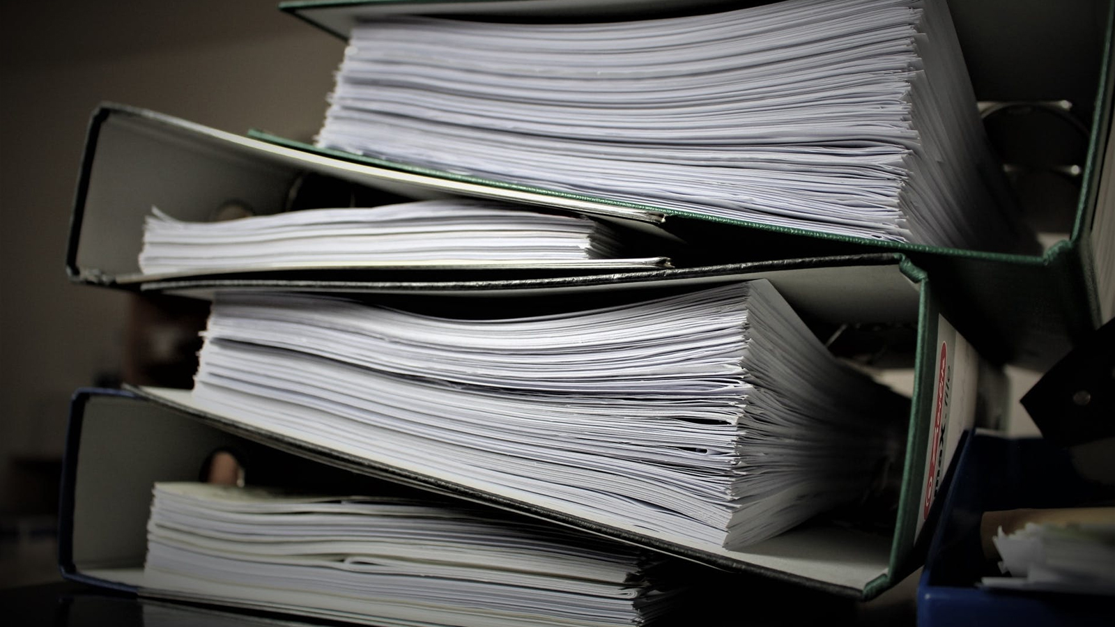 The Cumulative Case for Christianity Death by a 1,000 Paper Cuts